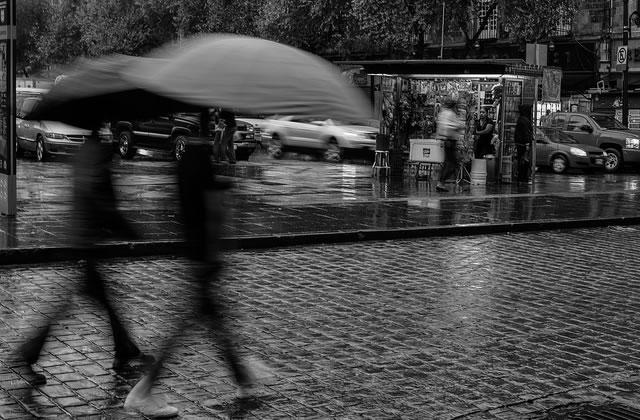 Rainy Mood : ambiance pluie et orage dans ton ordi !