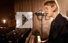 Tom Odell chante « Another Love » rien que pour vous