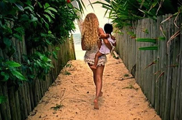 Beyoncé sort un album surprise !