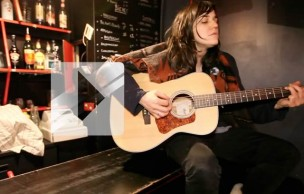 Lien permanent vers Emily Wells chante Mama's Gonna Give You Love en acoustique