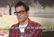 Maxime Musqua joue à Ni Oui Ni Non avec Johnny Knoxville