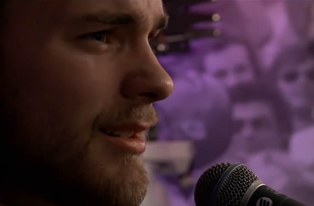 Ásgeir reprend Wrecking Ball de Miley Cyrus