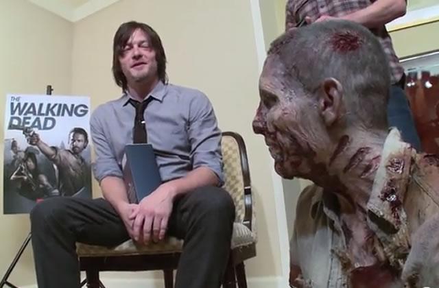 Norman Reedus (Daryl Dixon) se fait attaquer par un zombie en vrai