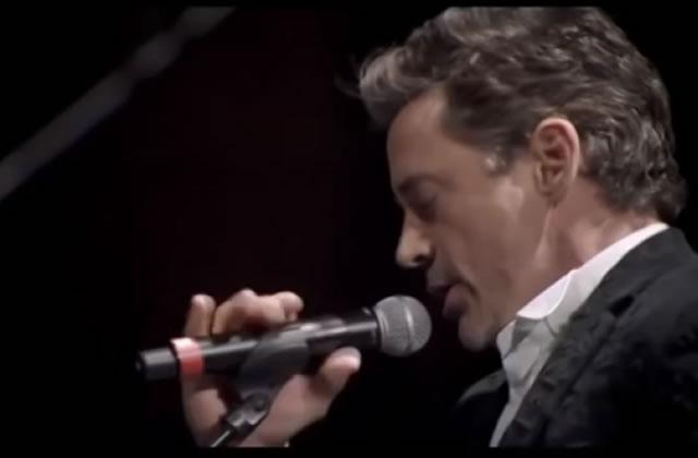 Robert Downey Jr.chante sur scène avec Sting