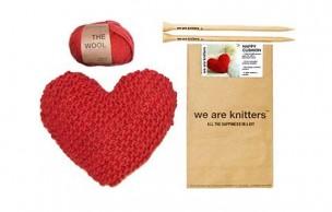Lien permanent vers We Are Knitters se lance dans les kits de déco