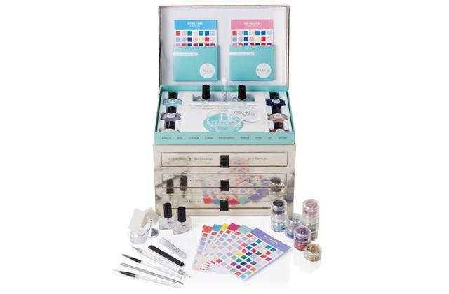 Ciaté lance Nail Lab, son studio de nail-art à domicile !