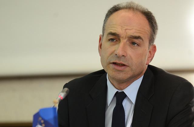 La croisade de Copé contre la littérature jeunesse moquée sur France Inter