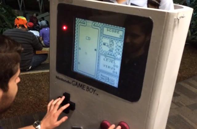 Un cosplay GameBoy… qui fonctionne !