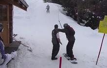 Le snowboarder maladroit et le tire-fesses, un combo hilarant