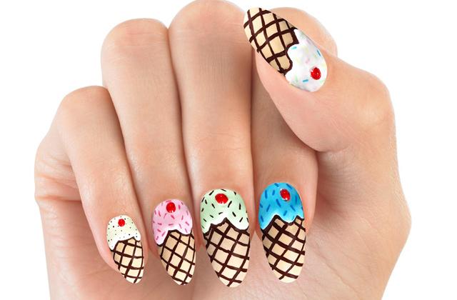 Les stickers pour ongles façon nail-art de House of Holland