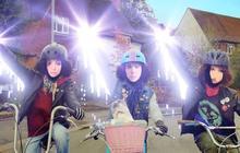 Toi sur un vélo avec un chat qui chante : la pub WTF interactive