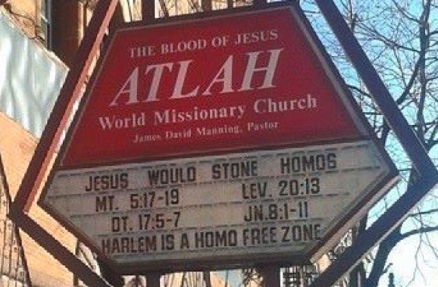 Une lesbienne défie des homophobes de la lapider