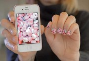 Une appli mobile transforme tes photos Instagram en nail-art