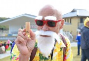 Le papy le plus cool du monde est fan de cosplay