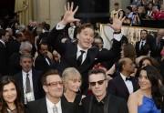 Lien permanent vers Benedict Cumberbatch photobombe U2 sur la musique des Dents de la Mer