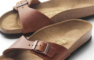 Lien permanent vers Les Birkenstock reviennent à la mode cet été — WTF Mode