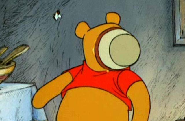 L'ours qui se coinça la tête dans un pot