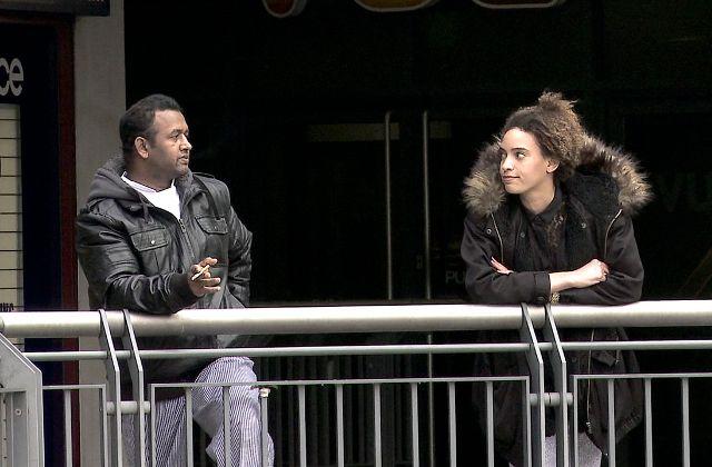 Le harcèlement de rue inversé dans une vidéo très efficace
