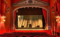 Viens parler théâtre sur le forum !