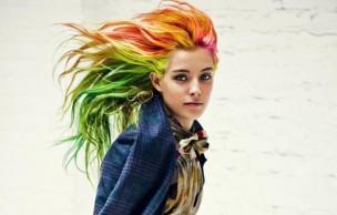 Lien permanent vers Cheveux arc-en-ciel : mode d'emploi et entretien