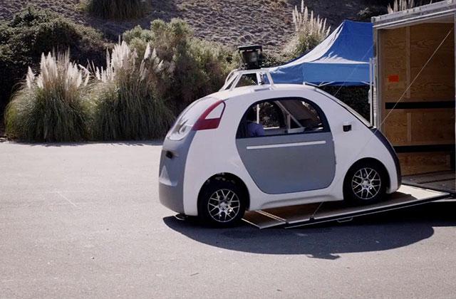 Google présente son premier prototype de voiture sans volant