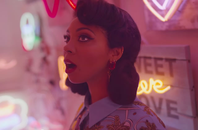 « Looking For Real Love », le nouveau clip d'Hollie Cook