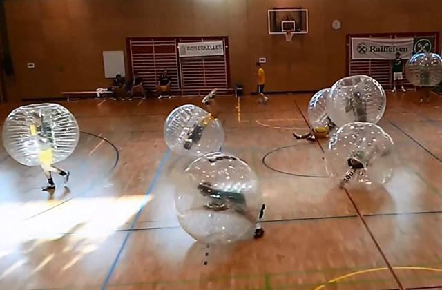 4 places à gagner pour faire du Bubble Foot avec nous à Paris !