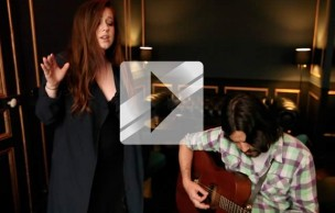 Lien permanent vers Lily Kershaw chante « Ashes Like Snow » en acoustique