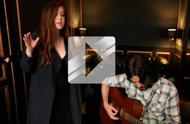 Lily Kershaw chante «Ashes Like Snow » en acoustique