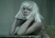 Lien permanent vers Sia fait danser Maddie Ziegler, 12 ans, dans son clip Chandelier