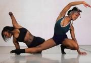 Lien permanent vers SOAR, le projet de danse entre sœurs qui repense le handicap