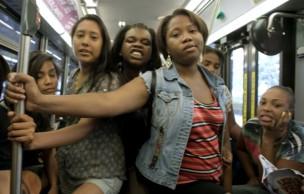 Lien permanent vers Guide beauté pour survivre dans les transports en commun en été