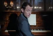 Lien permanent vers Jude Law danse dans un court-métrage pour le whisky Johnnie Walker