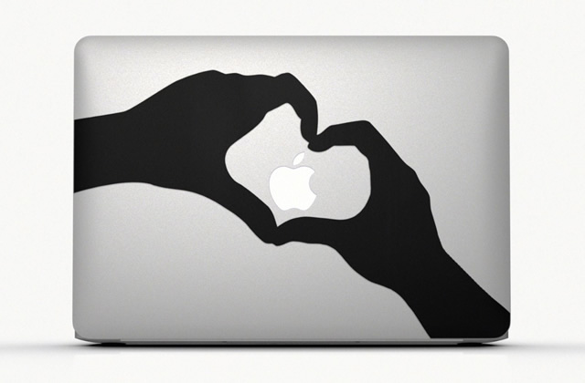 Le MacBook Air d'Apple et sa pub toute en stickers