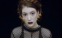 Quatre rouge à lèvres cultes de clips musicaux