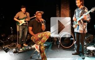 Lien permanent vers Le rappeur Blitz The Ambassador en live