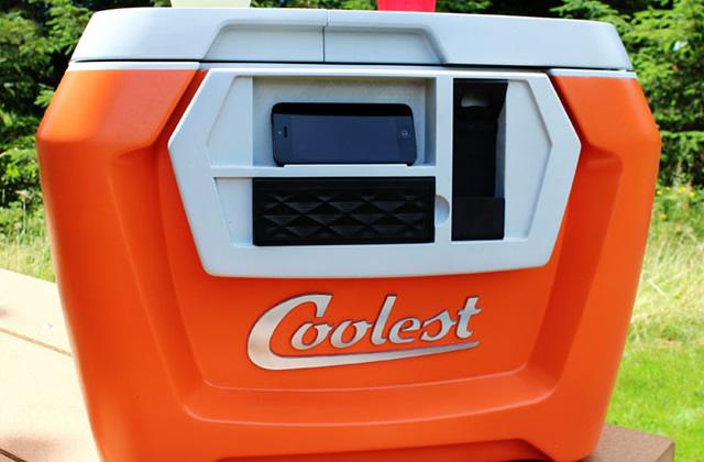 Coolest Cooler, la glacière la plus cool (et la plus soutenue financièrement) du monde