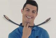 Lien permanent vers Cristiano Ronaldo fait de la pub pour… un muscleur de bouche japonais
