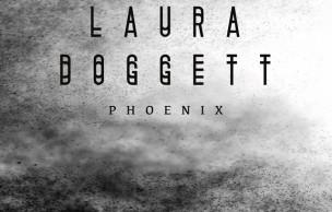 Lien permanent vers Laura Doggett, «Phoenix» — Le Beat de la Week #109