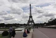Lien permanent vers Rencontre avec les madmoiZelles touristes à la tour...