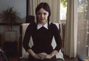 Lien permanent vers Mercredi Addams adulte dans une web-série