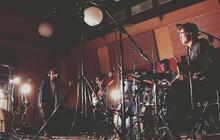Two Bunnies in Love – Session exclu en studio