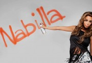 Nabilla sort une collection pour Blooshop