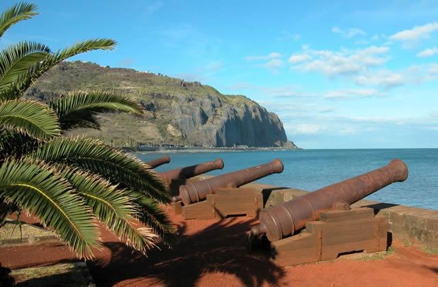 Carte postale de la Réunion (France) #2: Couleurs locales