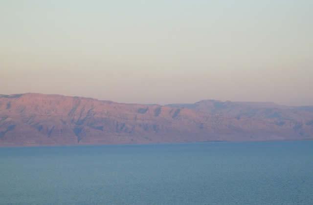 La mer Morte et ses mystères — Carte Postale d'Israël
