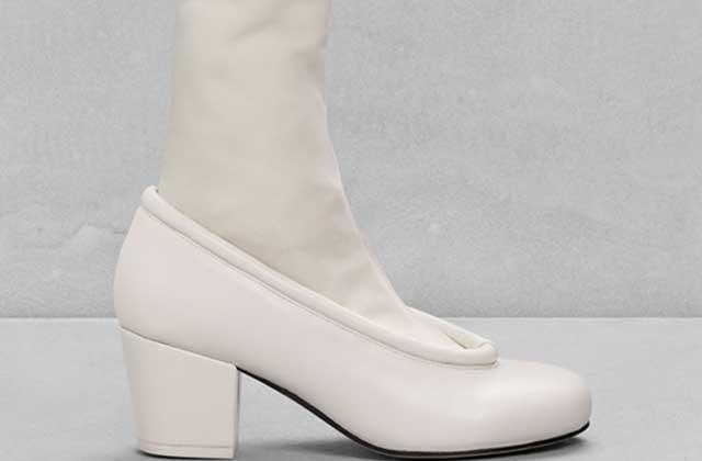 Les chaussures à chaussettes intégrées d'&OtherStories — WTF Mode