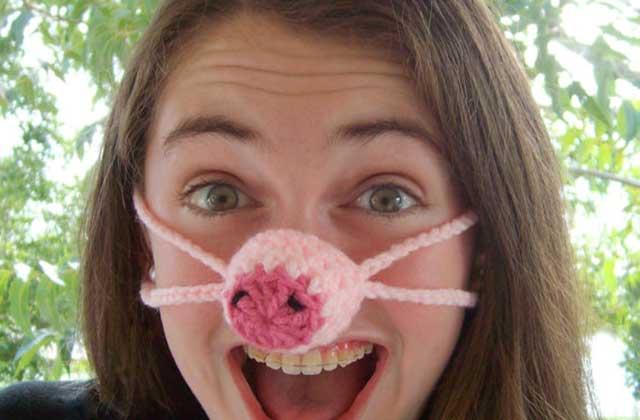Le cache-nez en tricot — Idée cadeau pourrie