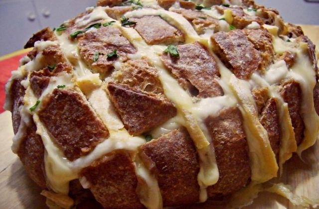 Recette du pain dégoulinant de fromage