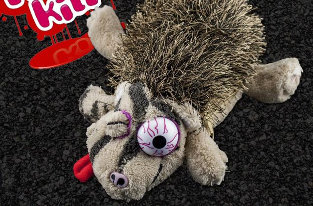 La peluche hérisson écrasé — Idée cadeau pourrie