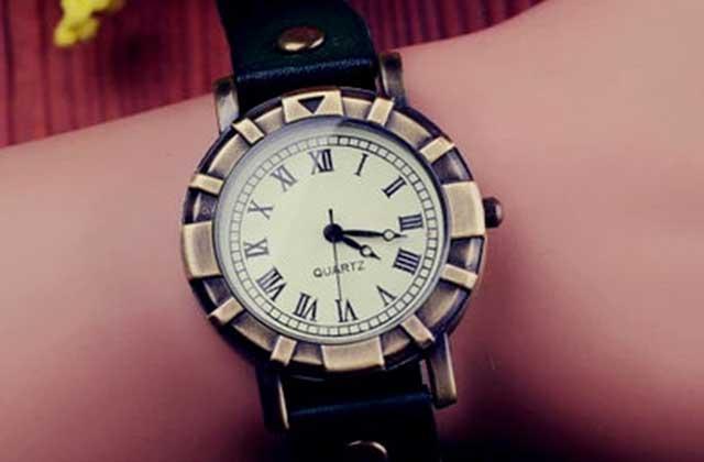 Sélection de montres et bracelets pour habiller tes poignets